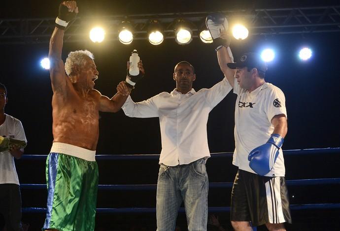 Boxe 2014: Touro Moreno x Fabrício Sales (Foto: Bernardo Coutinho/A Gazeta)