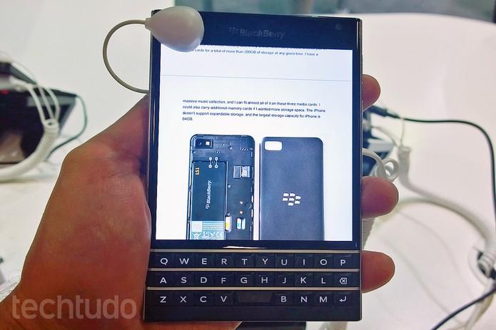 BlackBerry Passport tem um bom hardware (Foto: Fabrício Vitorino/TechTudo)