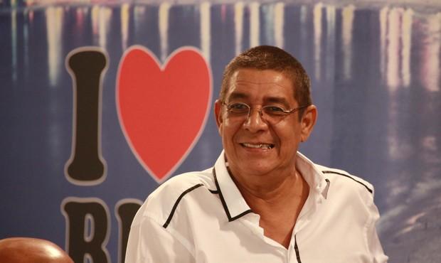 Zeca Pagodinho na gravação do programa Samba de Primeira (Foto: Isac Luz / EGO)