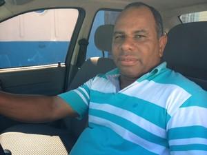 O taxista de Pedro Elias Pairé de Oliveira diz que ajudou no transporte das vítimas (Foto: Paulo Toledo Piza/G1)