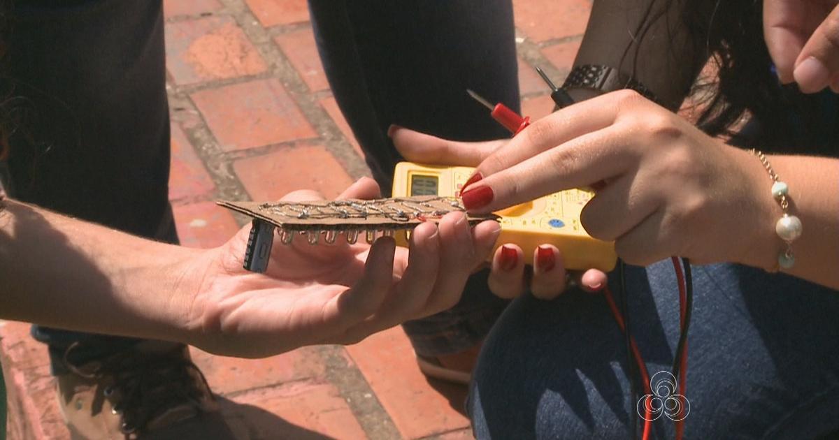 Alunos de escola público do AC desenvolvem 'mini placa solar'