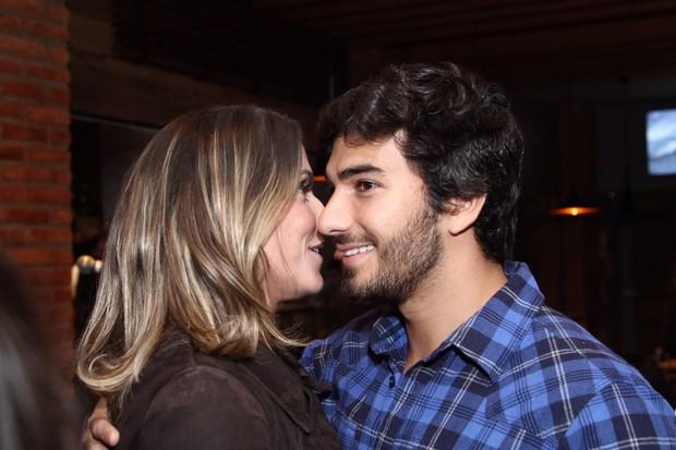 Deborah Secco e Hugo Moura (Foto: Anderson Borde/AgNews)