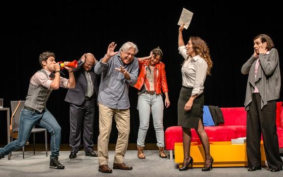 O ator quis montar o texto de Baixa terapia depois que assistiu a uma montagem da peça em Buenos Aires (Foto: Divulgação)