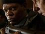 Samuel L. Jackson é policial experiente em sequestros no filme 'O Negociador' (Foto: Divulgação)