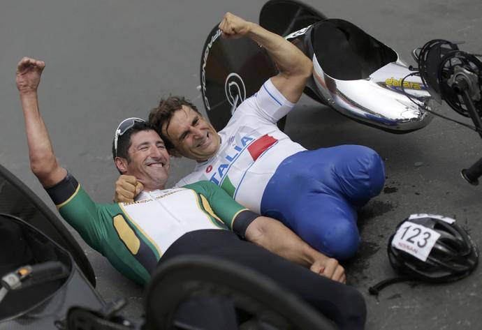 Alex Zanardi prata ciclismo estrada H5 rio 2016; Ernst van Dyk ouro (Foto: Reuters)