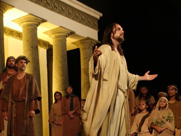 Igor Rickli interpreta Jesus Cristo na Paixão de Cristo, pelo segundo ano consecutivo (Foto: Kamylla Lima/G1)