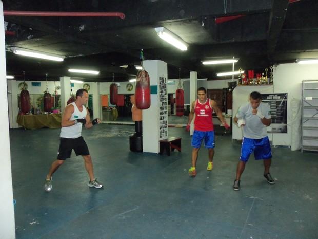 Malvino Salvador lutando boxe (Foto: Divulgação)