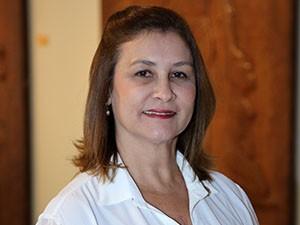 Leonilha Lessa, gerente da Biblioteca Central da Unifor (Foto: Ares Soares/Unifor)