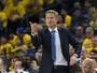 """Steve Kerr, sobre Curry: """"Se estivesse machucado, não estaria jogando"""""""