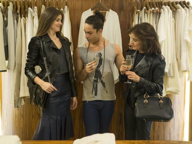 Fanny vai às compras com Angel (Foto: Felipe Monteiro/ Gshow)