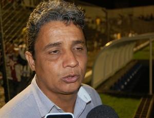 Reginaldo Sousa, técnico do Atlético de Cajazeiras (Foto: Silas Batista / GloboEsporte.com)