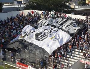 Mais de 8.200 torcedores foram ao Lacerdão (Foto: André Vinícius / GE.COM/CARUARU)