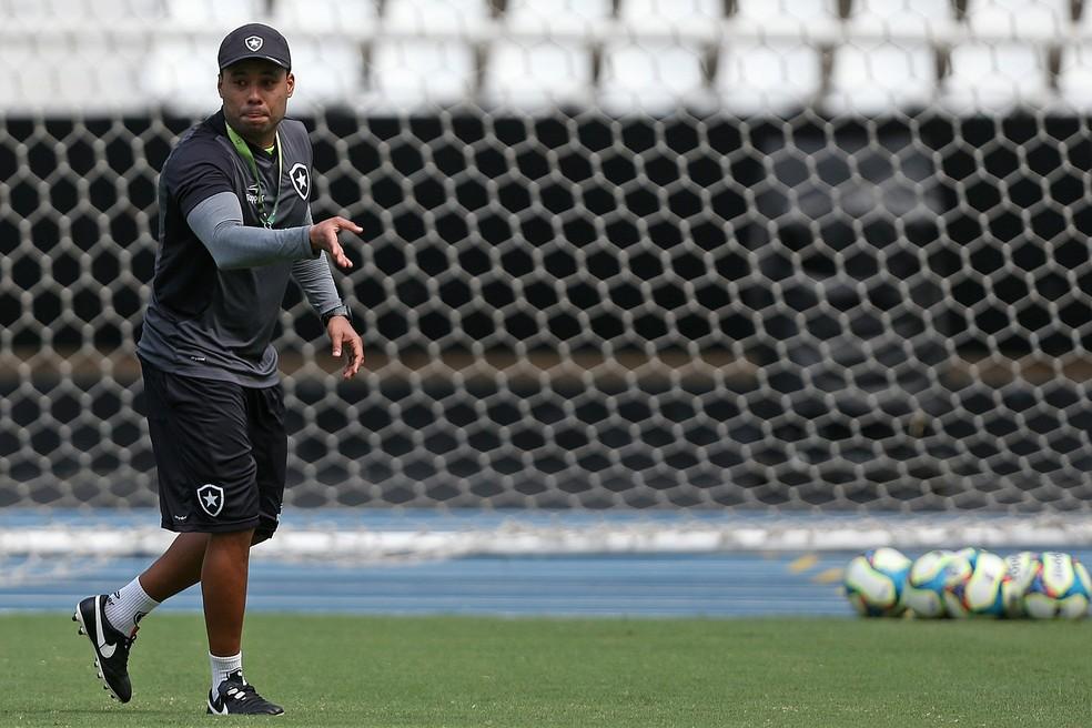 Jair Ventura elogia competitividade do time do Barcelona de Guayaquil (Foto: Vitor Silva/SSPress/Botafogo)
