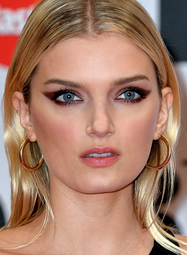 Lily Donaldson no BRIT Awards (Foto: Getty Images)