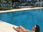 Luciana Gimenez posta foto de biquíni e recebe elogio: 'Linda'