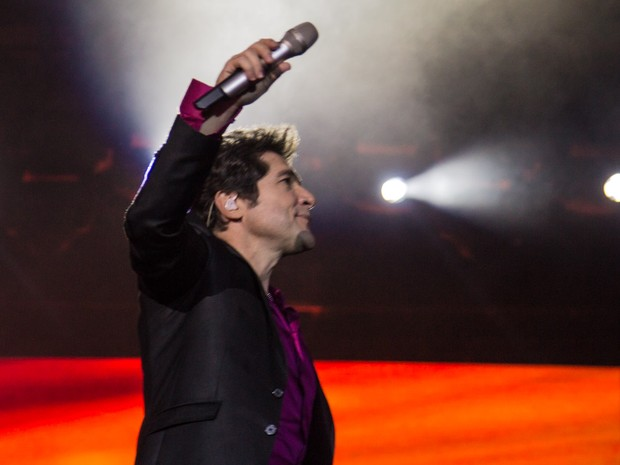 O cantor Daniel faz show em Barretos na noite deste domingo (24) (Foto: Mateus Rigola/G1)