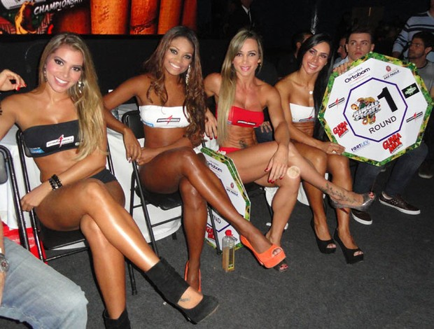 Ex-BBBs Adriana e Jacqueline fazem estreia como ring girls no Jungle Fight