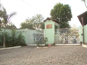 Condomínio Cláudio Assalto (Foto: TV Integração/Reprodução)