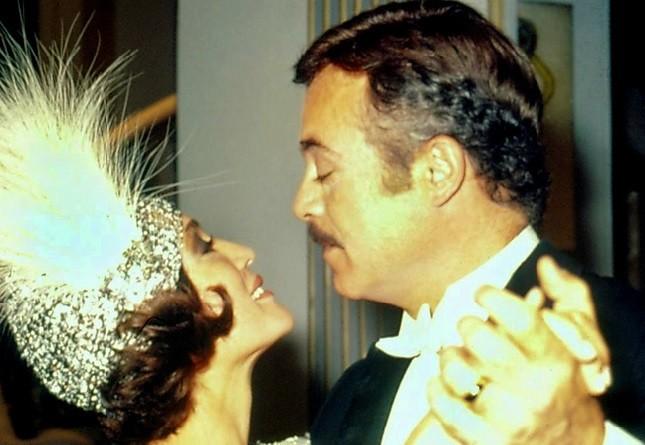 Marina (Susana Vieira) e Roberto (Rubens de Falco) em A Sucessora