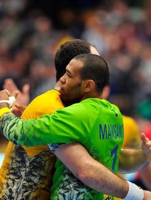 Goleiro Maik foi destaque do Brasil contra a Suécia (Foto: Álvaro Bermejo)