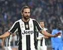 Higuaín faz gol, mas não comemora, e leva Juventus à vitória sobre o Napoli