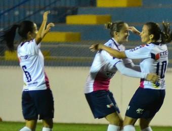 Rita Bove São José Futebol Feminino (Foto: Tião Martins/ PMSJC)