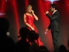 Vídeos: Junno e Ivete Sangalo cantam e emocionam Xuxa em festa