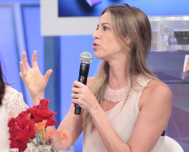 Luana Piovani se declara para o marido Pedro Scooby (Foto: Domingão do Faustão/TV Globo)