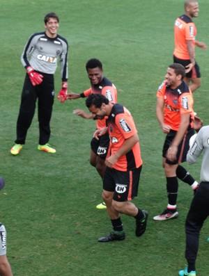 Fred e Patric, do Atlético-MG (Foto: Rafael Araújo)