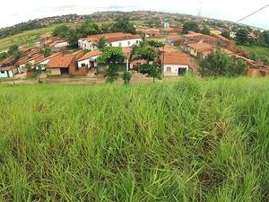 Moradores de áreas de encosta devem ter cuidados redobrados (Foto: Maurício Araya / G1)