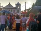 Sob chuva, mais de 300 mulheres percorrem as ruas em ato por direitos
