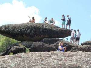 Pedra Balão atrai pela simplicidade e contato com a natureza (Foto: Jéssica Balbino/ G1)