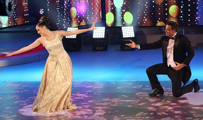 Agatha Moreira e Leandro Azevedo brilham no 'Dança' (Foto: Carol Caminha/Gshow)