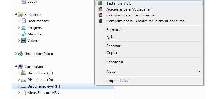 Vírus no pen drive pode interferir na formatação (Foto: Reprodução/Raquel Freire)