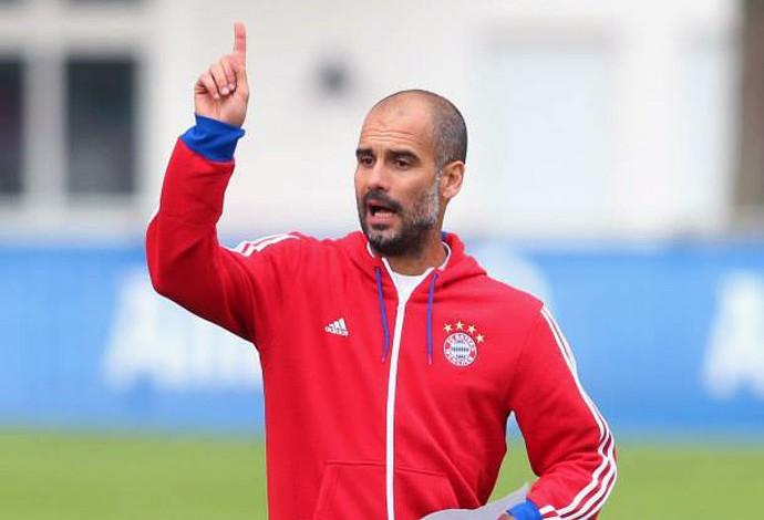Guardiola Treino Bayern de Munique (Foto: Reprodução/ Facebook)