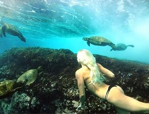 Tatiana Weston-Webb aproveita folga nas ilhas Fiji (Foto: Reproduçlão/Instagram)