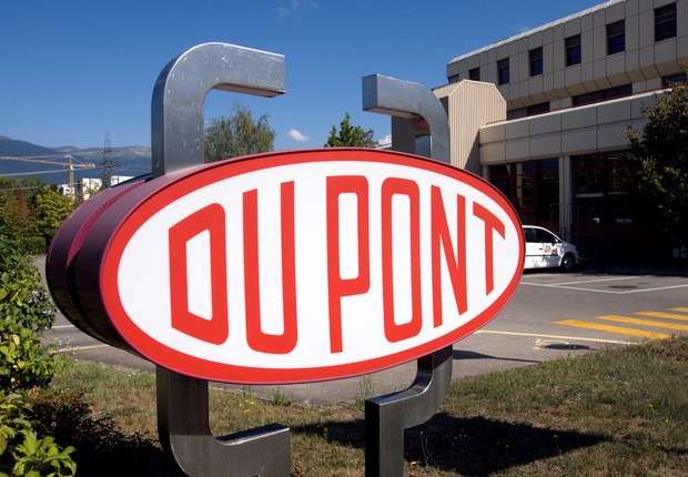 Centro de pesquisa da DuPont em Meyrin, perto de Genebra (Foto: Denis Balibouse/Reuters)
