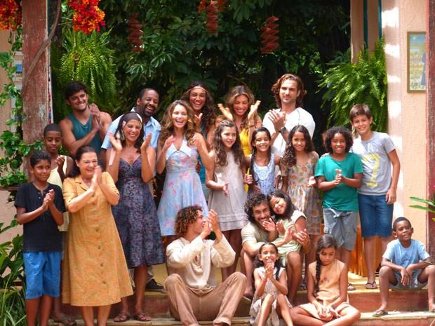 ONG é inaugurada com festa em Vila dos Ventos (Foto: Flor do Caribe/ TV Globo)