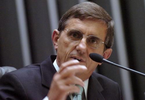 Deputado gaúcho Darcísio Perondi (PMDB-RS) (Foto: Divulgação)