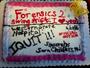 Enfermeira usa bolo para anunciar demissão em hospital dos EUA