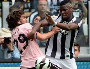 Garcia, Pogba Juventus x Palermo (Foto: AFP)