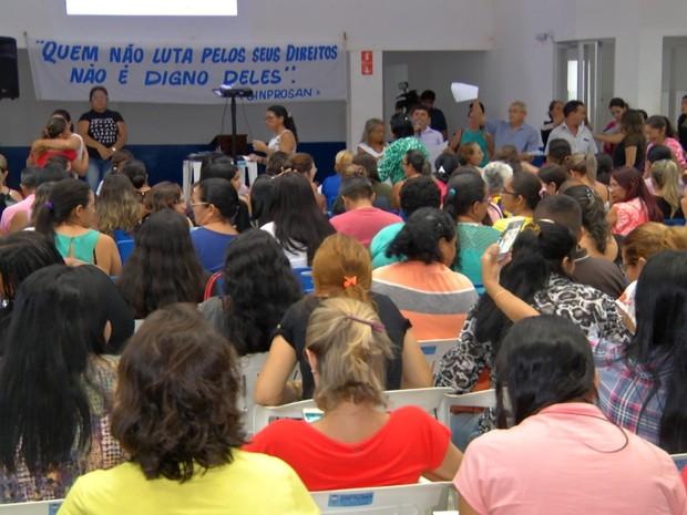Professores se reuniram na sede do Sinprosan  (Foto: Reprodução/TV Tapajós)