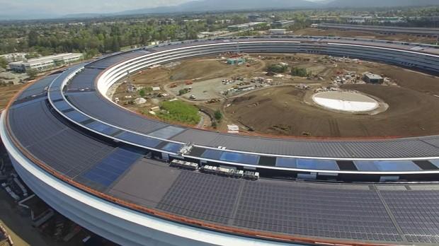 A construçõa da nova sede da Apple custou US$ 5 bilhões (Foto: Reprodução/YouTube Matthew Roberts)