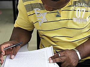 A coordenadora do Grupo de de Trabalho Afro-Amazônico da UFPA, professora Zélia Amador, afirma que a cota cor representa apenas 20% do total de vagas ofertadas porque está vinculada à escola pública (Foto: Alexandra Moraes/UFPA)