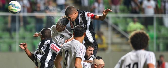Atlético-MG x Santos no Independência (Foto:  JULIANA FLISTER - Agência Estado)