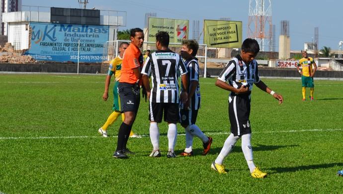 São Raimundo x Parauapebas (Foto: Weldon Luciano/GloboEsporte.com)