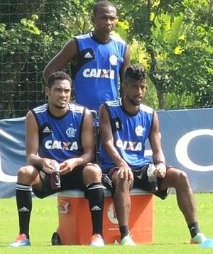 Treino Flamengo Hernane Léo Moura Samir (Foto: Cahê Mota)