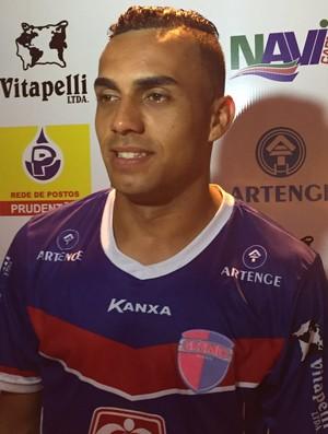 Renatinho, atacante do Grêmio Prudente (Foto: Murilo Rincon / GloboEsporte.com)