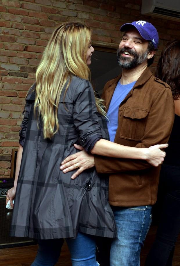 Alinne Moraes e o marido, Mauro Lima (Foto: CRISTINA GRANATO/Divulgação)