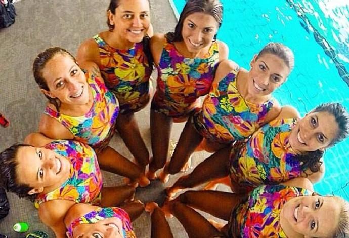 Seleção de nado sincronizado (Foto: Reprodução/Facebook)